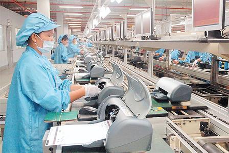 Đồng phục công nhân lắp ráp linh kiện điện tử
