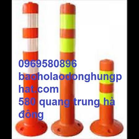 Cọc phân luồng giao thông màu cam và phản quàng trắng vàng  cao 75 cm