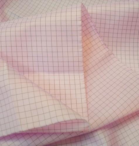 Vải phòng sạch chống tính điện mầu hồng